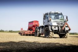 Mercedes-Benz Unimog in agricultural use
